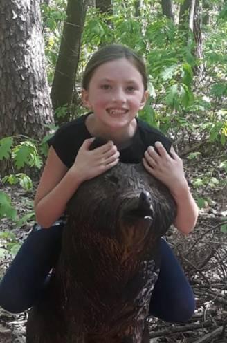 """Hailey (10) sterft in brand, papa in levensgevaar. Familie over drama: """"Ze was nog maar net gaan slapen toen brand uitbrak"""""""