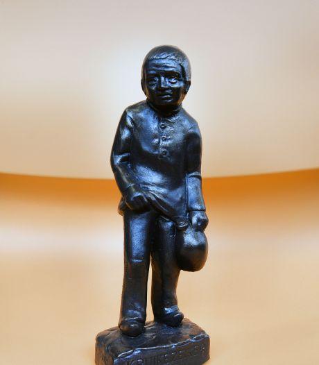 Willem II verspreidde in het verleden beeldjes van de Kruikenzeiker in heel Europa