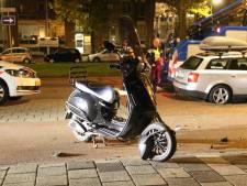 Politieachtervolging gestolen scooter eindigt in crash