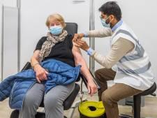 GGD kan tien mensen tegelijk prikken op nieuwe locatie in Bergambacht, nu de vaccins nog