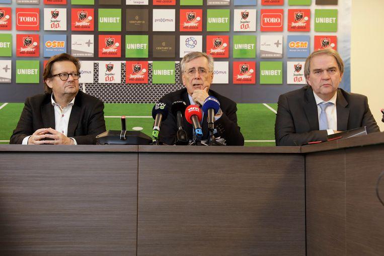 De Pro League, met voorzitter Marc Coucke, expert Mechior Wathelet en CEO Pierre François, deden vorige maand enkele voorstellen die vooral gericht waren op makelaars. Beeld BELGA