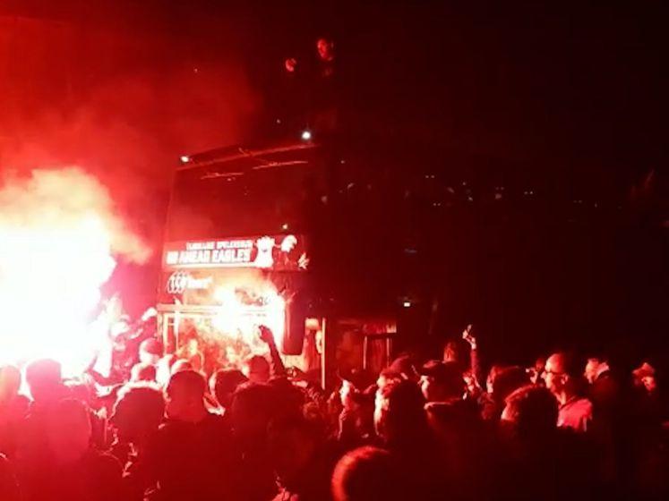 Heldenonthaal voor spelers Go Ahead Eagles na promotie