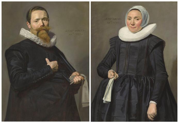 De schilderijen van Gouden Eeuw-schilder Frans Hals die in Londen werden geveild: Portret van een man van 37 en Portret van een vrouw van 36.