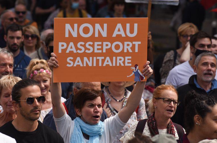 Hidalgo over de protesten tegen het Franse coronapaspoort: 'Ik ben geen voorstander van de standpunten van die bewegingen, maar je mag die mensen niet de mond snoeren.' Beeld Photo News