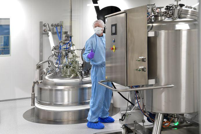 De gigantische ketel vormt het middelpunt van de nieuwe fabriek van Produlab Pharma