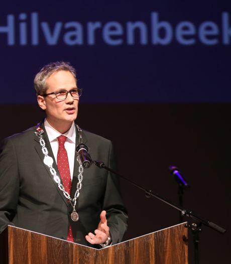 'Met de benen buiten' bij sommige horecazaken in Hilvarenbeek, burgemeester gaat optreden