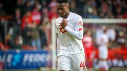 Football Talk. Mpoku maar één match op strafbankje - UEFA legt Standard sanctie op voor wangedrag fans
