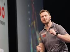 Pas vier jaar darter: deze ex-handballer stuntte tegen titelverdediger Wright op EK darts