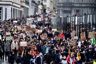 fotoreeks over Door de lens van onze fotograaf: 12.500 klimaatspijbelaars in Brussel