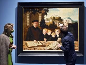 """Koningin bezoekt uitzonderlijke expo in Hof van Busleyden: """"Na drie jaar werk mocht dit niet sluiten"""""""
