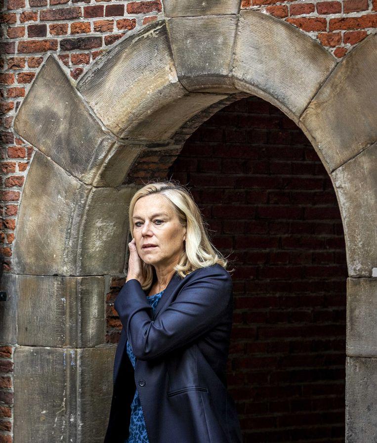Sigrid Kaag, minister van Buitenlandse Handel en Ontwikkelingssamenwerking, komt aan op het Binnenhof voor de wekelijkse ministerraad.  Beeld ANP