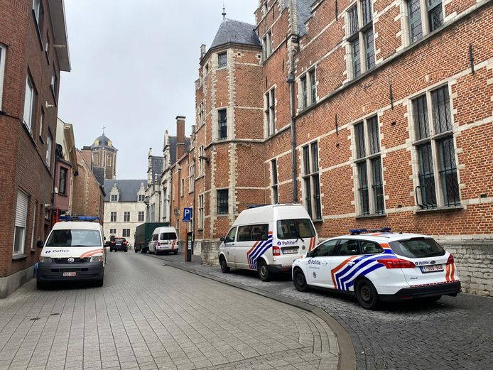 De arrestanten kwamen dinsdagmorgen toe aan de rechtbank in Mechelen.