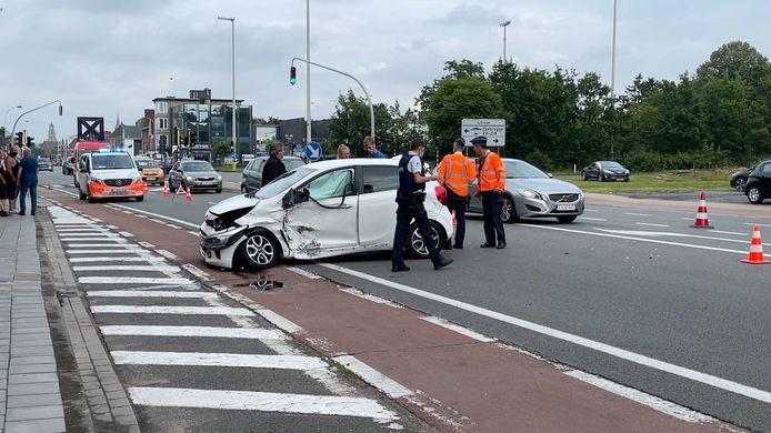Verkeersongeval in de Gistelsesteenweg in Sint-Andries.