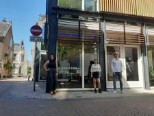 Oostwest Cultuurcafé vindt toch een thuis in de stad, wordt duurzaam koffiezaakje aan het Vreedeplein