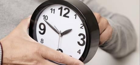 Weeronline: 'Schaf wintertijd af en verzet klok half uur'