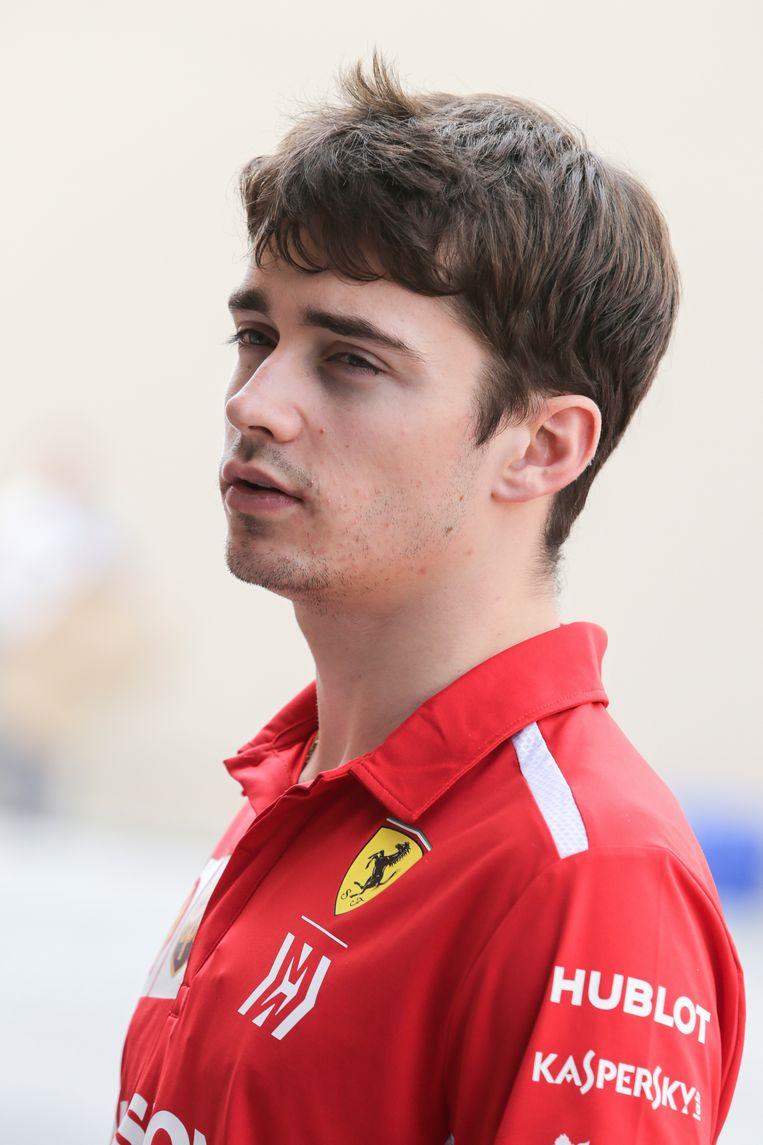 Charles Leclerc in de kleuren van Ferrari