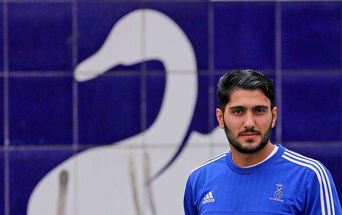 Sharog Susani verlaat het Zwijndrechtse Pelikaan en gaat voor Almkerk voetballen.
