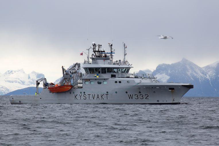 Noorwegen dreigt de kustwacht - hier bij de Lofoten - in te zetten als Europese vissers meer vangen dan Noorwegen wil. Beeld Eric Fokke