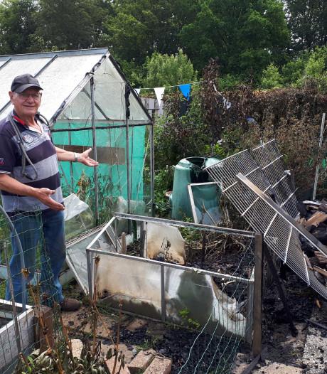 Volkstuinvereniging Apeldoorn opgeschrikt door nachtelijke brand: 'Misschien moeten we een noodfonds oprichten'