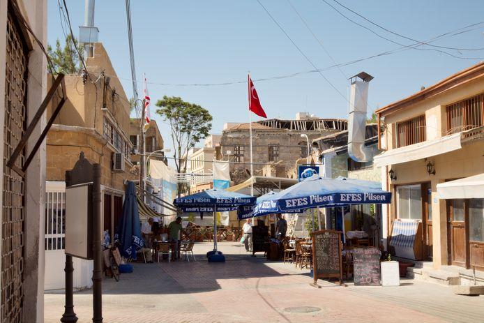 De Ledrastraat in Cyprus, die in twee werd gehakt door het conflict.