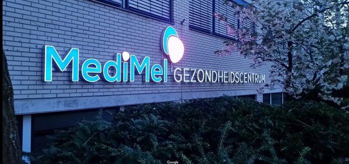 Medimel was gevestigd vlakbij winkelcentrum Nova in Kanaleneiland.