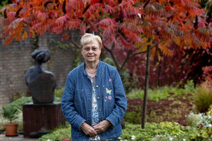 Na 35 jaar legt Pia Wolters haar bestuurstaken bij Stichting Waalres Erfgoed neer.