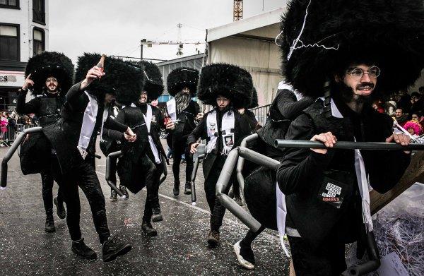 De 'klaagmieren' van Aalst Carnaval: 'Ik voel het nu al. Ze zijn ons uit de context aan het trekken'