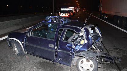 Snelweg 4 uur dicht na dodelijke crash