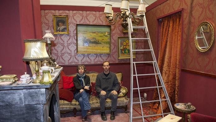 Herman Zijp en Diana Wildschut zijn nog druk met de bouw van het nieuwe museum.