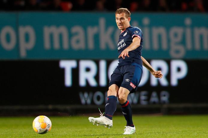 Daniel Schwaab in april van dit jaar in actie tijdens Willem II-PSV.