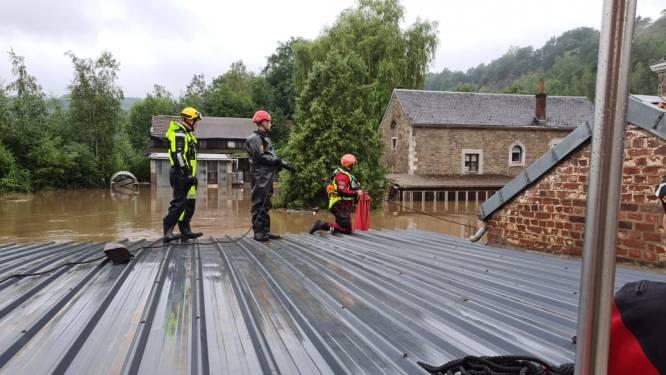 """Brandweerzone Oost redde al meer dan 50 mensen in rampgebied: """"Soms bijzonder lastig door stroming"""""""