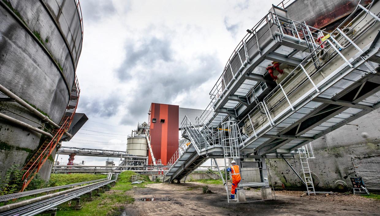 De Amercentrale moet voor 2024 volledig op biomassa draaien.  Beeld Raymond Rutting / de Volkskrant