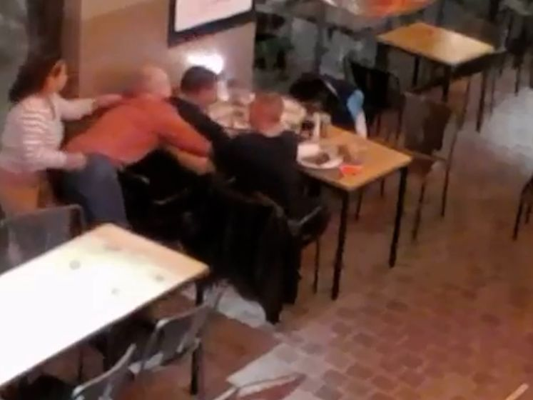 Restaurantuitbater redt stikkende klant in Elsene