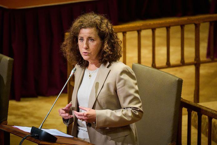 Demissionair minister Ingrid van Engelshoven van Onderwijs, Cultuur en Wetenschappen (D66) tijdens een debat in de Tweede Kamer.