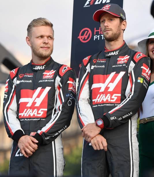 Kevin Magnussen (l) en Romain Grosjean.