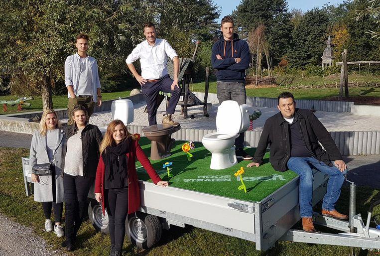 Jong Hoogstraten Leeft hield een actie voor meer openbare toiletten in Hoogstraten.