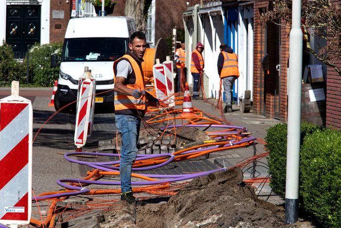 Er wordt  glasvezel  aangelegd in Haarle, Daarle en Daarlerveen als 35 procent van de inwoners kiest voor Delta Fiber Netwerk.