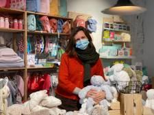 """Liesbeth opent winkel voor baby's en kinderen in centrum van Gent: """"Van boekentassen tot knuffels"""""""
