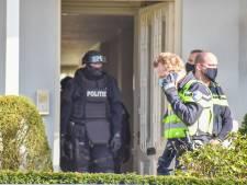 Schietende agenten, afgezette straat vol politiewagens: Oosterbeek dacht angstig aan een aanslag