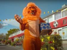 Dit gebeurde er met hét EK-leeuwenpak van de reclame