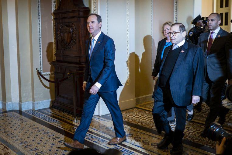De Democraat Adam Schiff treedt op als impeachmentmanager.