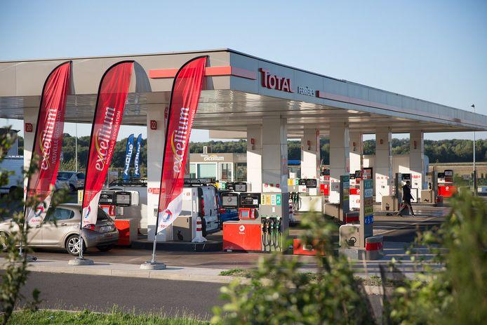 Oliemaatschappij Total trakteert ziekenhuispersoneel in Frankrijk op gratis brandstof