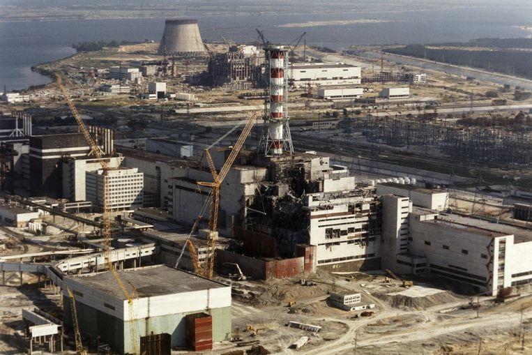 De kerncentrale van Tsjernobyl in oktober 1986, enkele maanden na de ramp. Beeld AFP