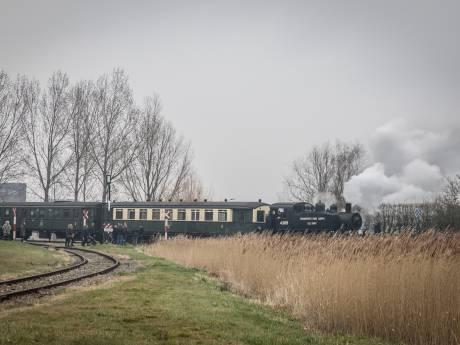 Stoomtrein Goes-Borsele heeft last van extreme hitte en rijdt niet