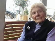 Neergestoken oma Toni uit Amsterdam alsnog overleden