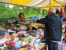 Rommelmarkt voor kankerpatiëntjes brengt weer tienduizenden euro's op