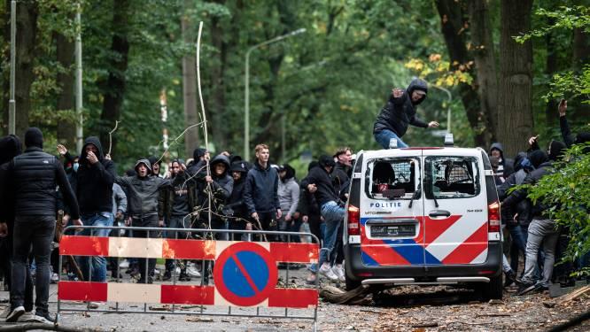 Van uitbrekende uitsupporters met bivakmutsen tot 'Arnhem dood': hoe de Gelderse derby totaal ontspoorde