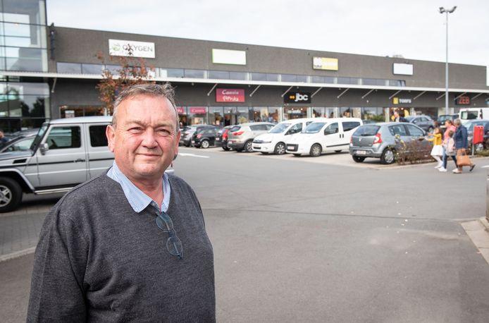 """""""De politieke tegenwerking mag nu eens stoppen. Ze heeft ons al miljoenen gekost"""", reageert Philippe Branteghem van de nv Zwijnaarde, eigenaar van het Retailpark N60."""