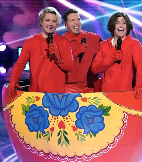 Hanson-broers als Russian Dolls in Amerikaanse versie The Masked Singer: 'Jullie schrijven geschiedenis'