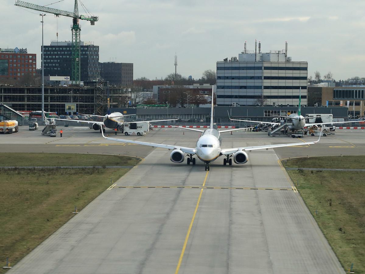 Eindhoven, Eindhoven Airport